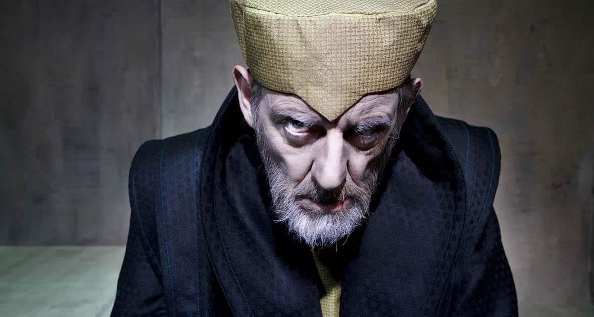 En scene fra King Lear på teater Nordkraft