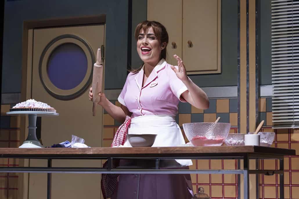 Maria Lucia i Waitress