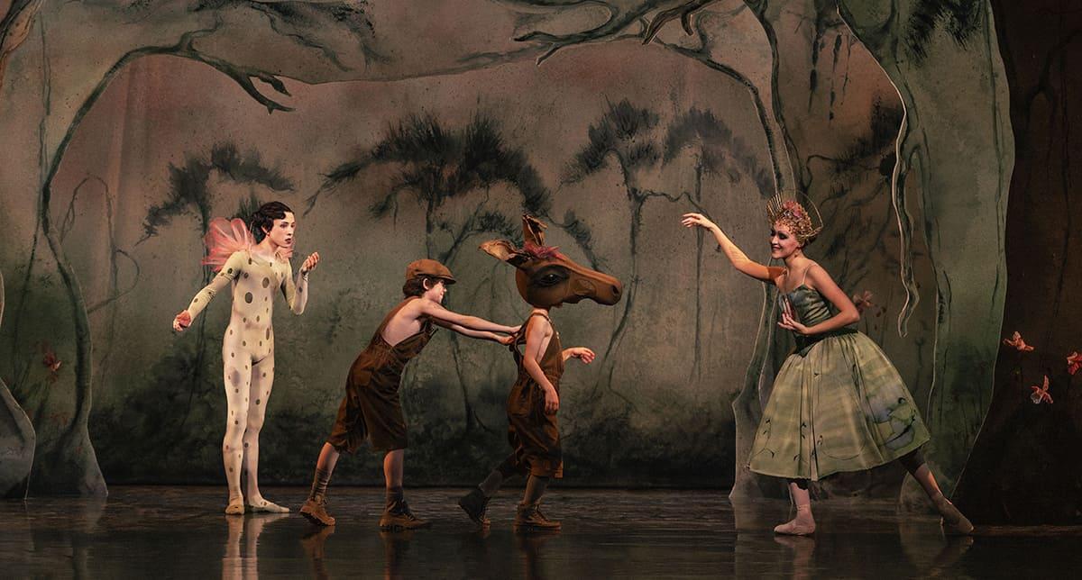 Scene fra Dansefeber på Det Konge lige Teater